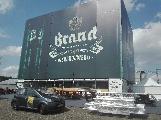 PS eventcrew Brand krat iov LENN-foto Lex van Egmond